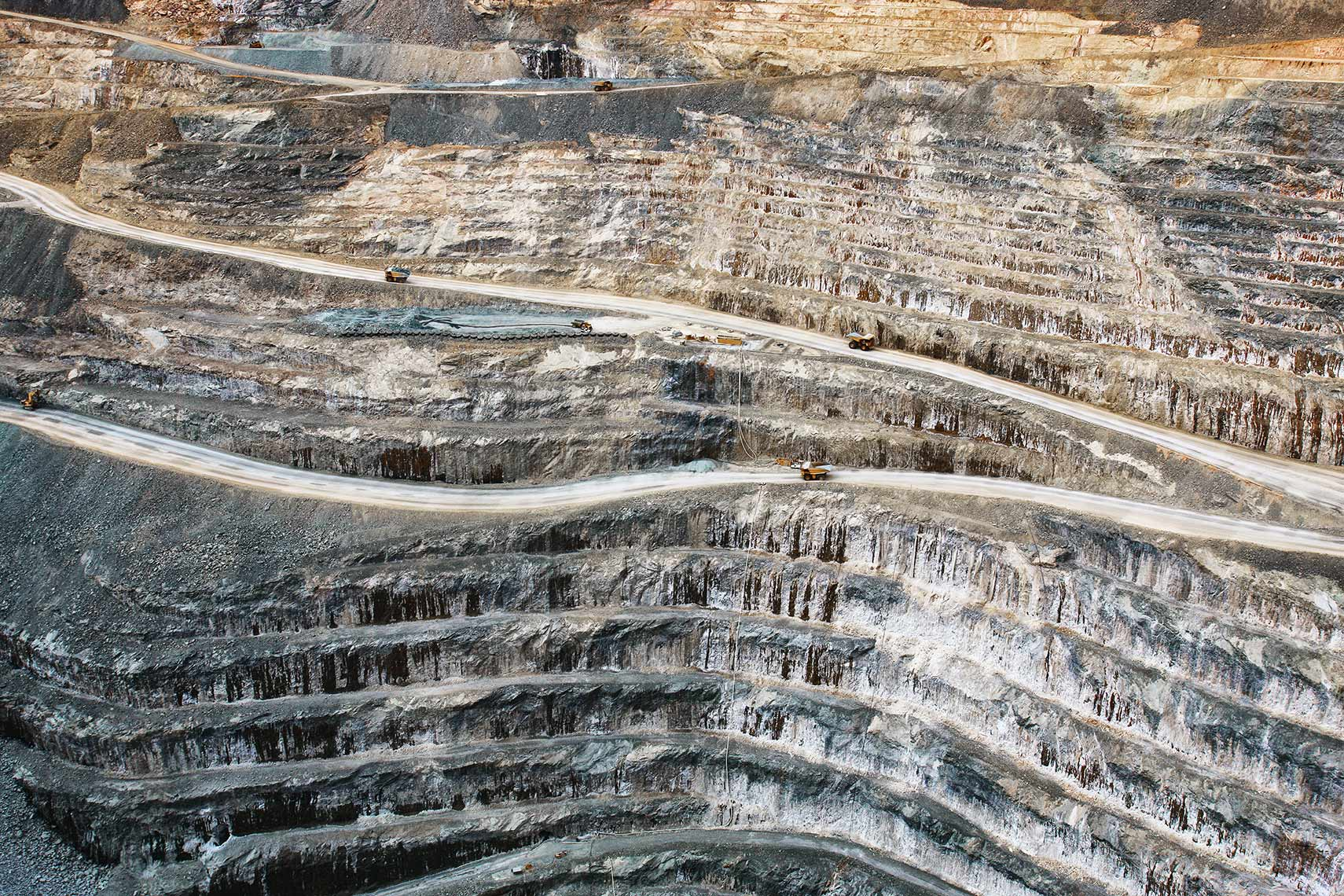 Open cut gold mine in Western Australia